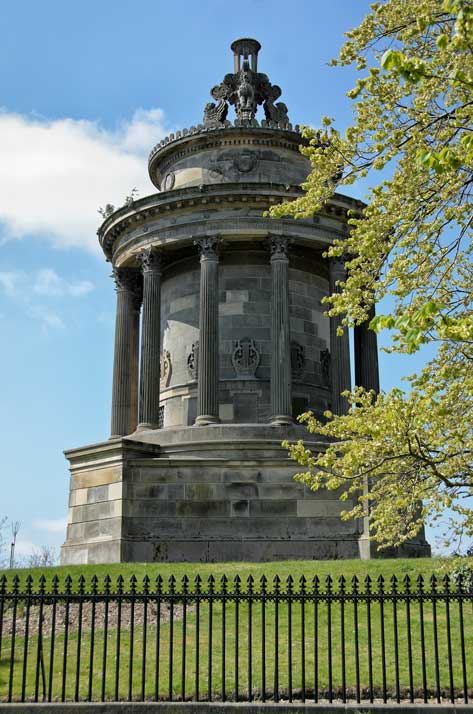 Burns Monument Edinburgh